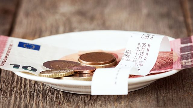 Tipping in Provence