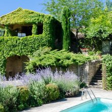 Provence rental houses for large groups (16 and more!)